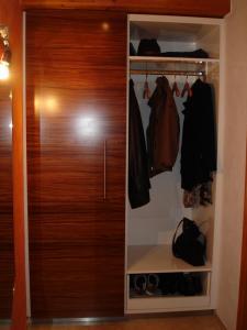 Garderobe (2)