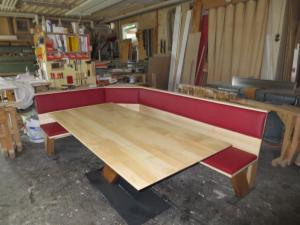 Tische und Bänke (6)